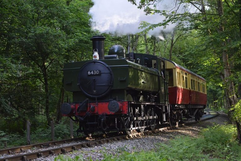 Vintage Bus, Classic Steam Train Ride, Afternoon Tea & Visit to Oldest Wooden Church in Europe