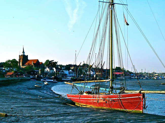 Sunset Evening Cruise from Maldon